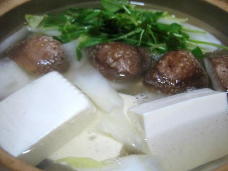 湯豆腐の簡単レシピ・ワンポイントアドバイスで極上湯豆腐