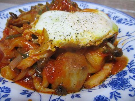 里芋とベーコンのトマト煮