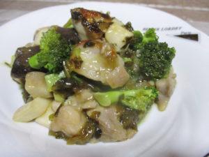 ブロッコリーとエリンギの高菜炒め
