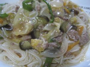 野菜とビーフンの中華炒め