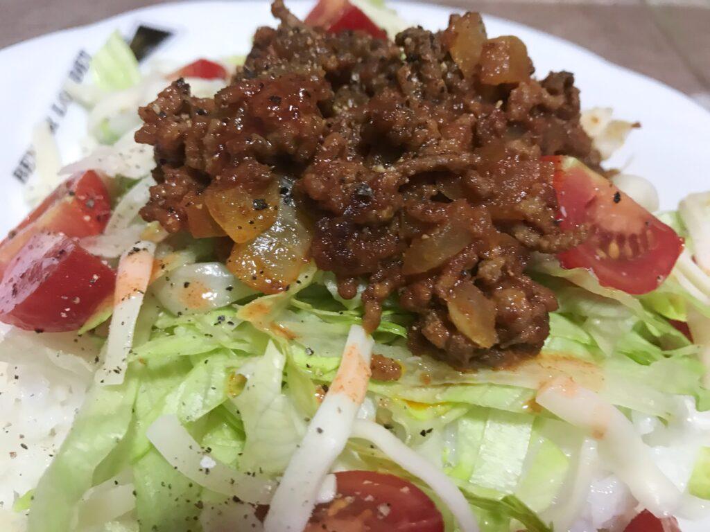 合いびき肉の簡単レシピ・タコライス